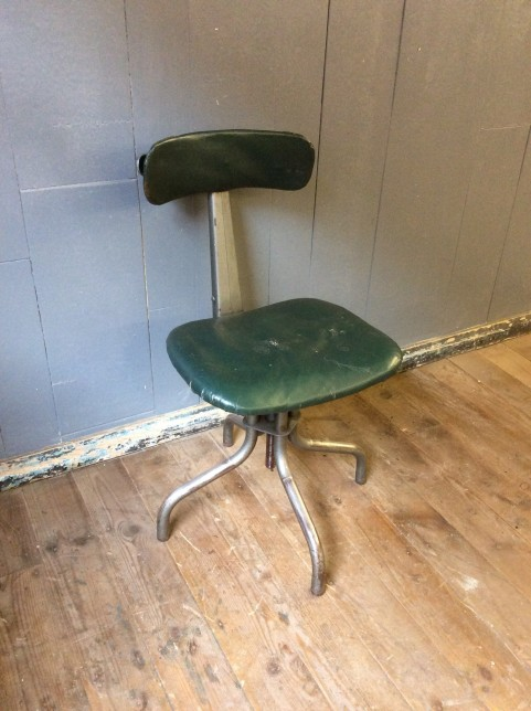 Industrial swivel chair