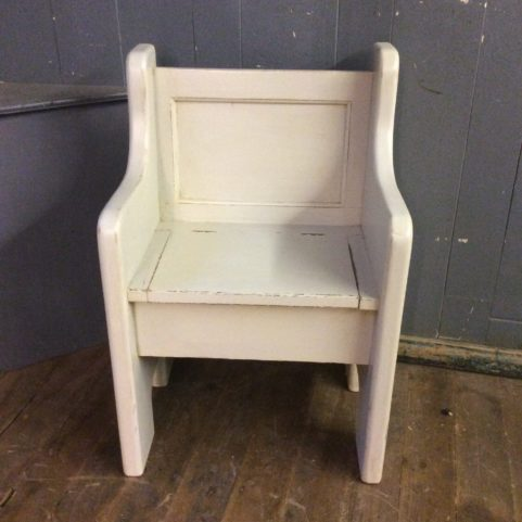 Lift Lid Chair