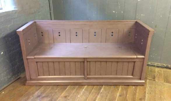 Gothic Lift-lid Bench