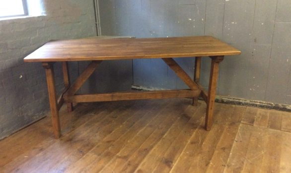 Rustic stretcher table