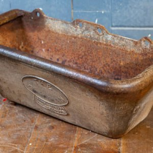 Cast Iron Salopian Cistern Planter