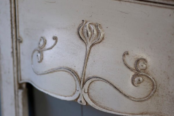 Small Cast Iron Fireplace Insert Detail